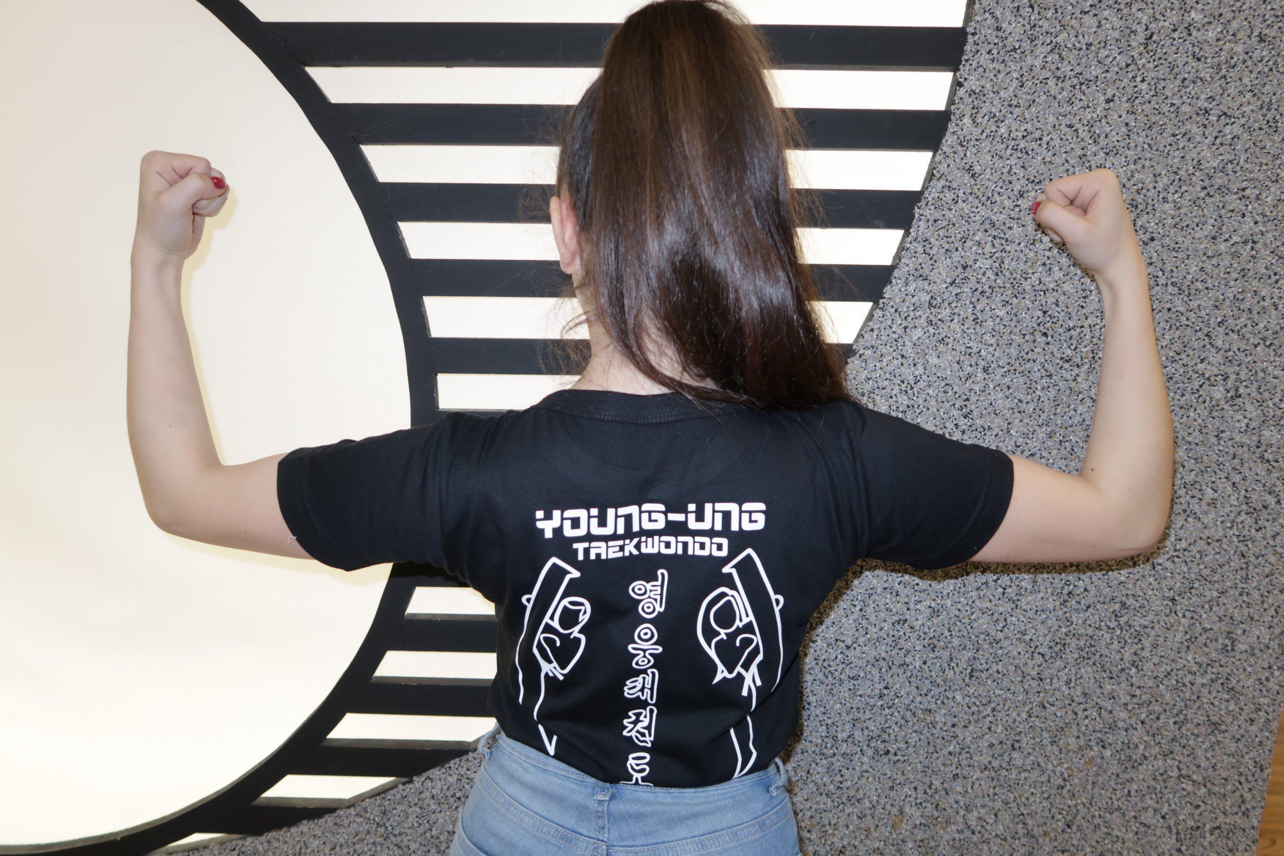YU-T-Shirts, neu, Shirts, Schwarz-weiß,black, white, Logo,YOUNG-UNG Taekwondo