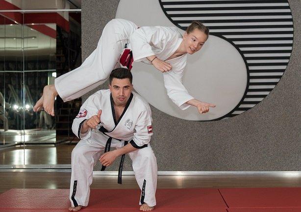 Omid Mohammadi, Nicole Salmhofer, Akrobatik, YOUNG-UNG Taekwondo