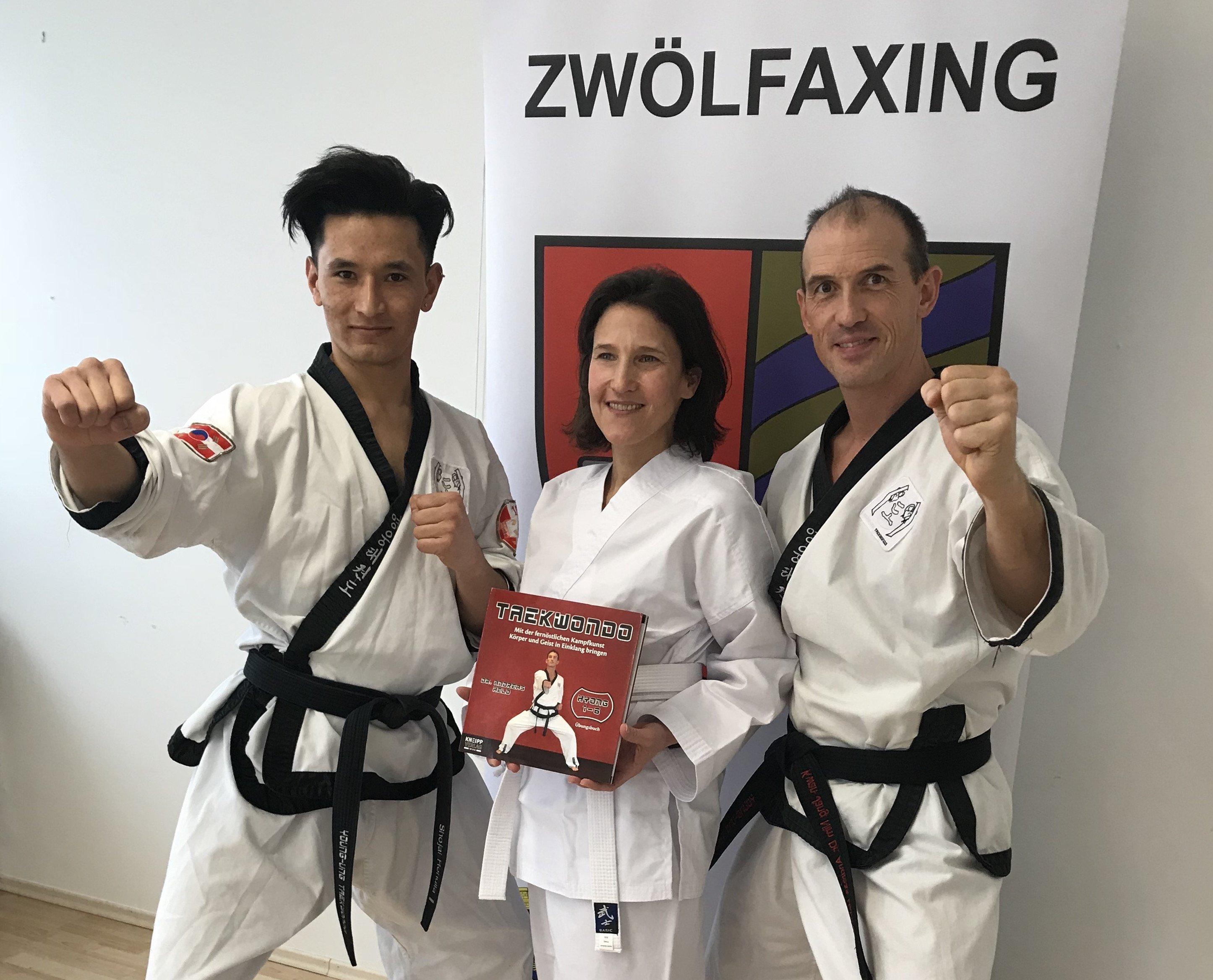 YOUNG-UNG Taekwondo Kampfsport Zwölfaxing