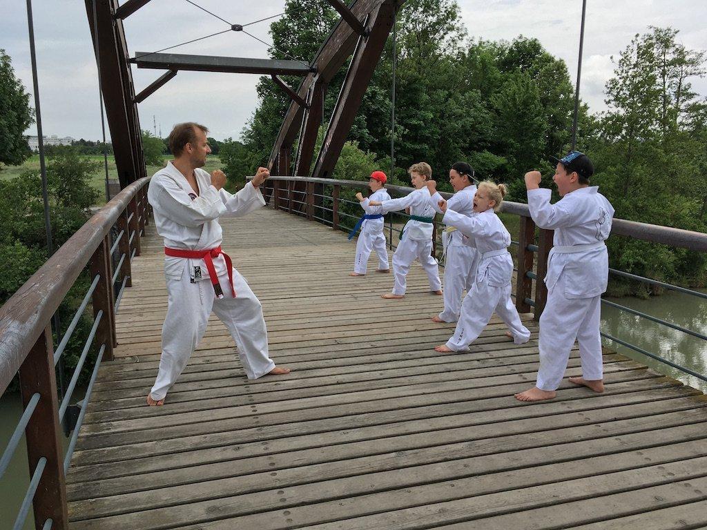 YOUNG-UNG Taekwondo Natur Camp