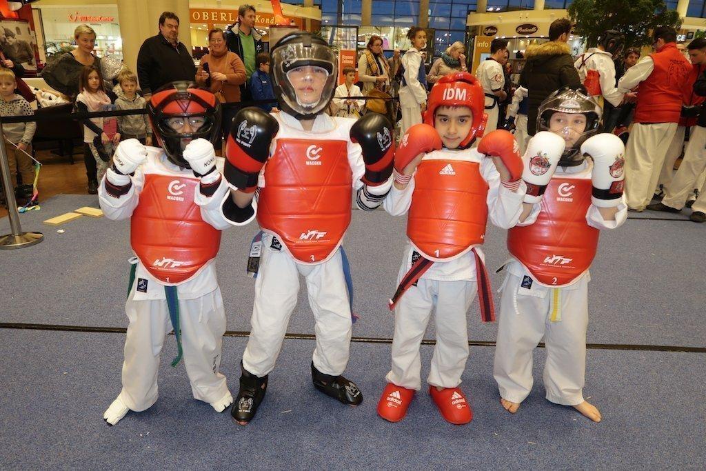 YU FIGHT Kampfsport YOUNG-UNG Taekwondo Workshop