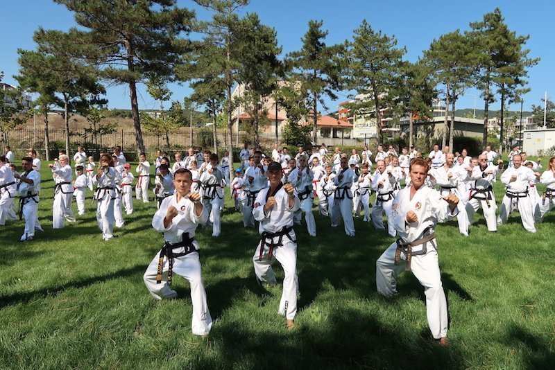 Bulgarien Camp YOUNG-UNG Taekwondo Kampfsport