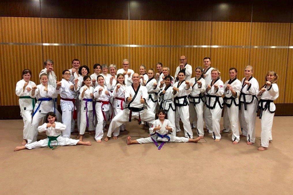 YOUNG-UNG Taekwondo Kampfsport Relax-Therme 3. DAN Angelika Schäfer