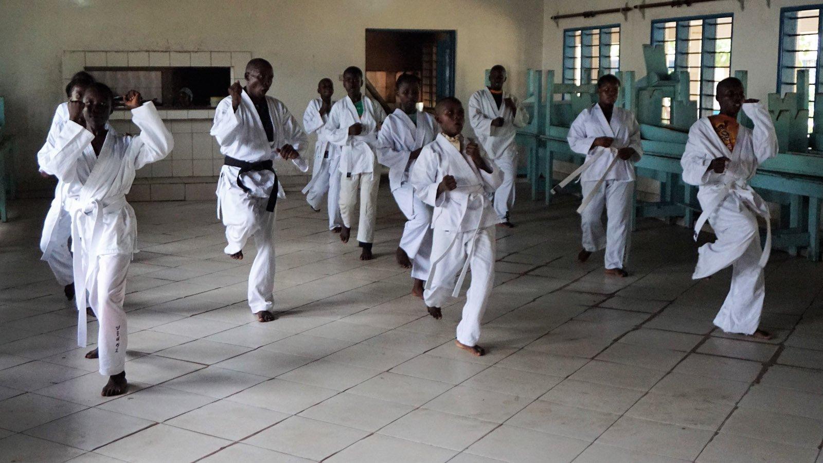 YOUNG-UNG Taekwondo Kilifi Vonwald School Kenia