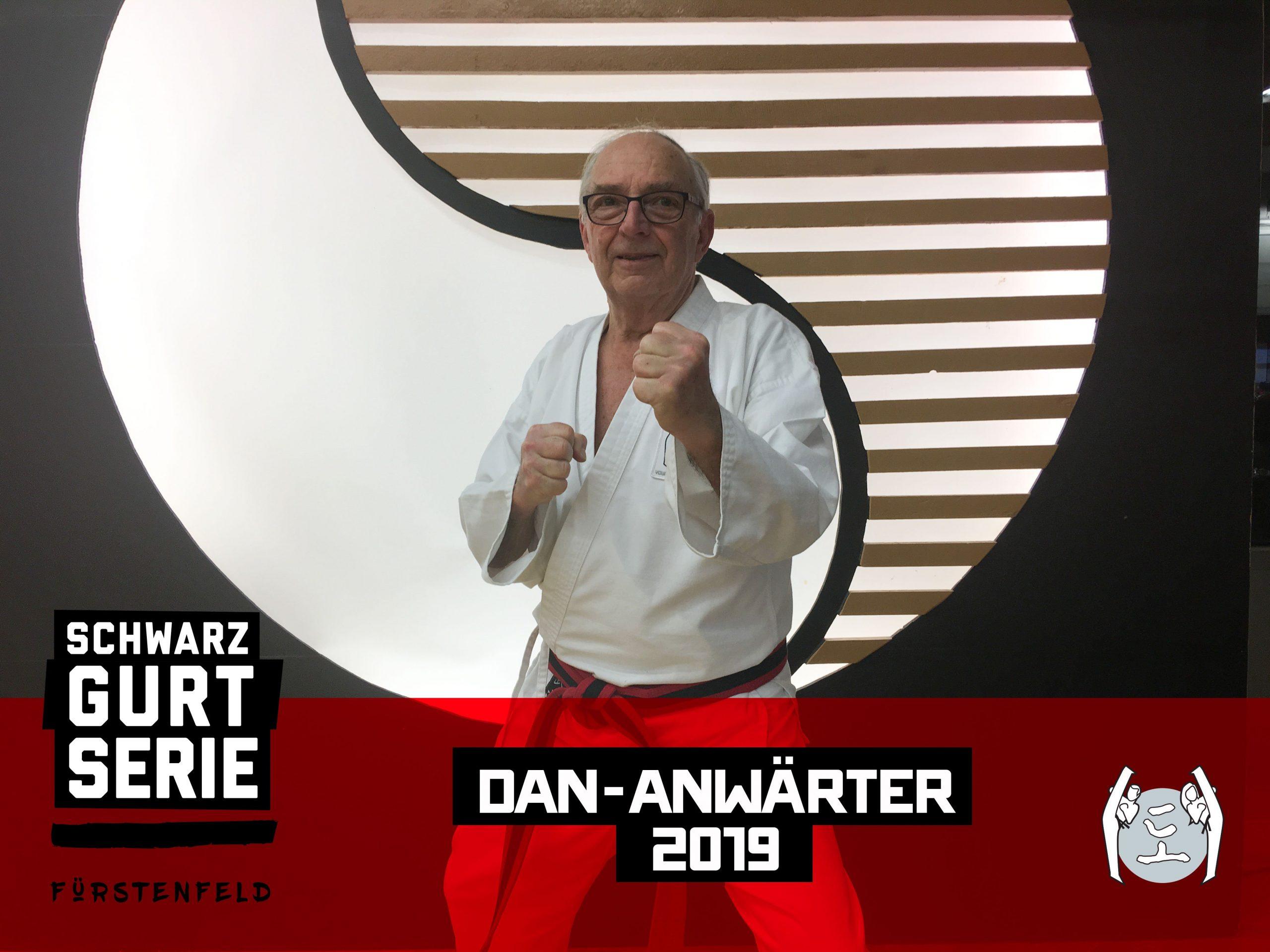 YOUNG-UNG Taekwondo Kampfsport Schwarzgurt Serie Gerd Peka Dan-Anwärter Training Camp Fürstenfeld