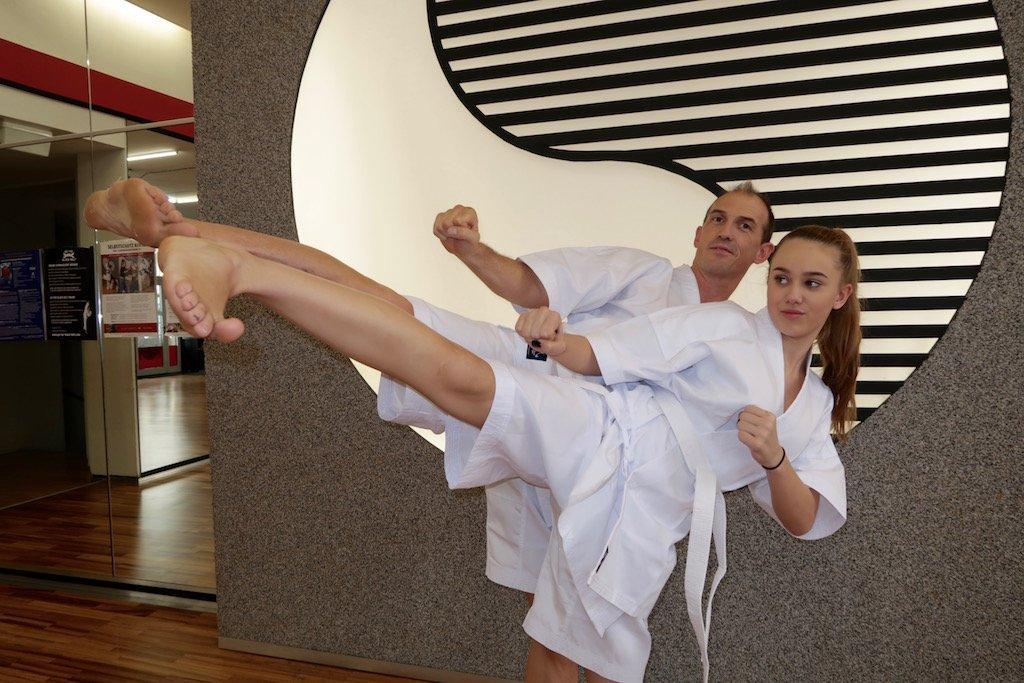 YOUNG-UNG Taekwondo Sommer dobok