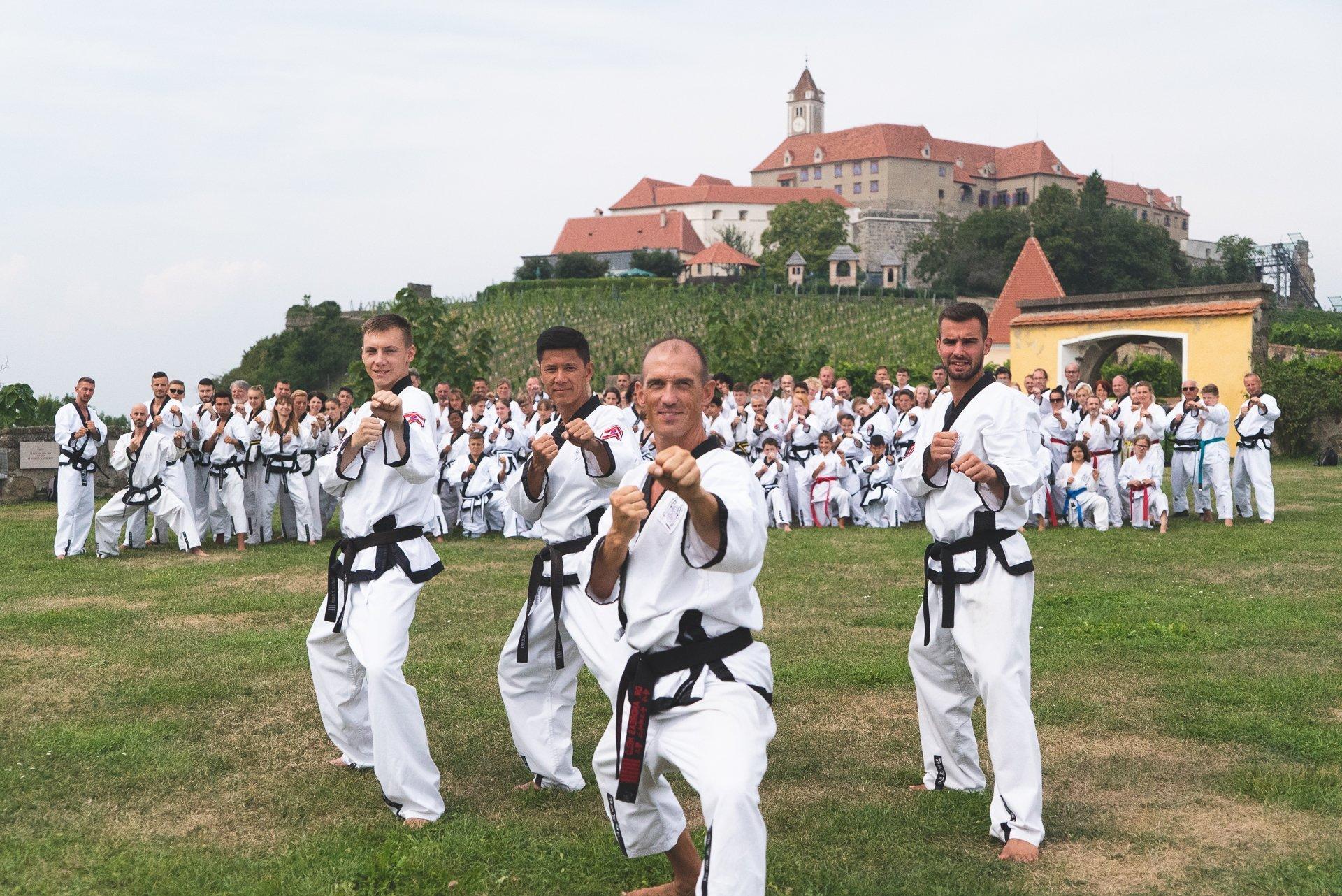 YOUNG-UNG Taekwondo Trainingscamp Fürstenfeld Kampfsport