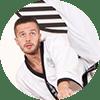 Portrait Foto unseres Taekwondo-Trainers aus der Zweigstelle 1180 Wien