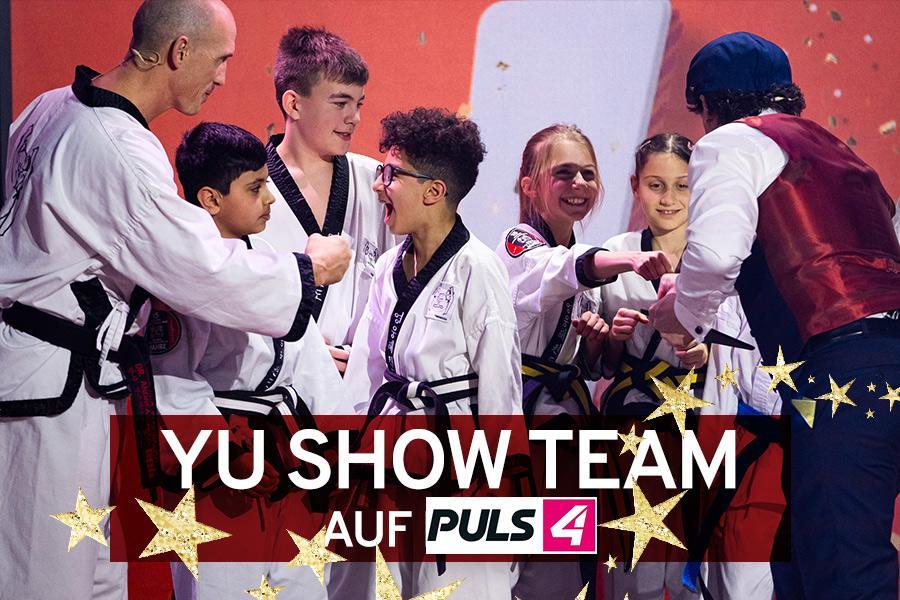 Taekwondo Show Gruppe freut sich